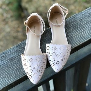 Old Navy d'Orsay Pointed Flat in Blush Pink